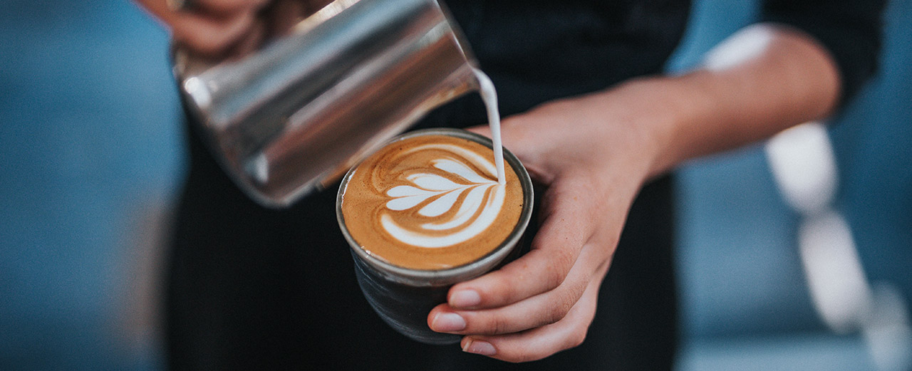 21 Dinge über Kaffee, Photo by Tyler Nix on Unsplash
